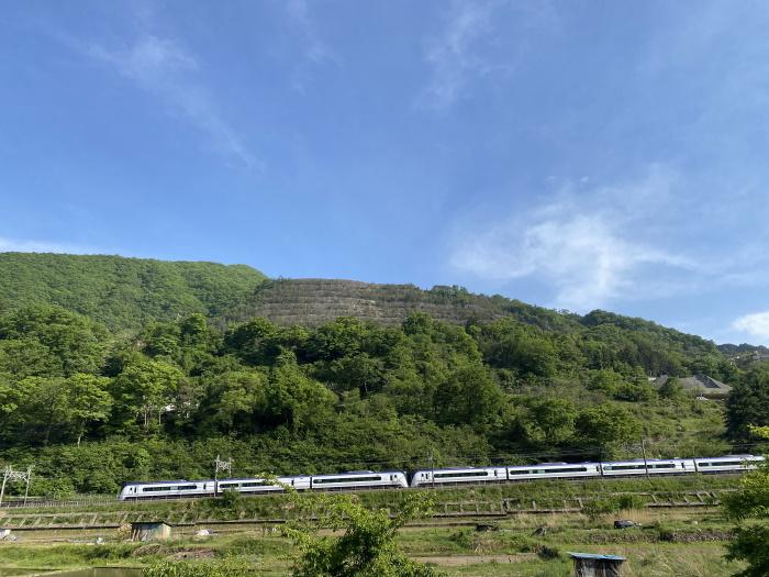 高川山とあずさ号
