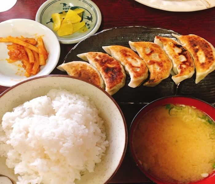 松鶴・餃子定食
